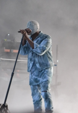Kanye West on stage, Marlay Park