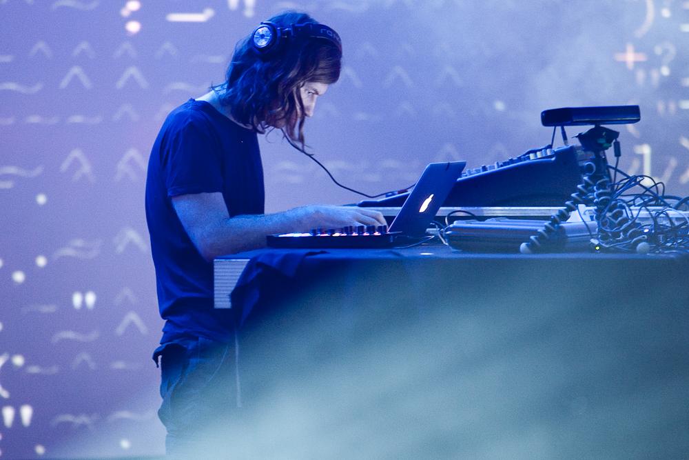 Stream the new Aphex Twin album Syro – No More Workhorse
