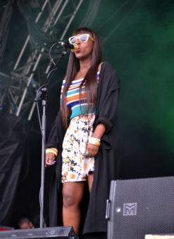 Jungle - Backing Singer 2016