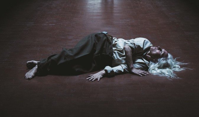 danse-morob-by-theemergencyroom-theatre-as-part-of-project-50-at-project-arts-centre-dublin-image-luca-truffarelli-684x1024