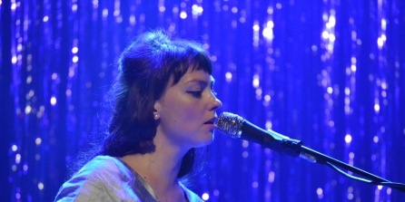 Angel Olsen Sings