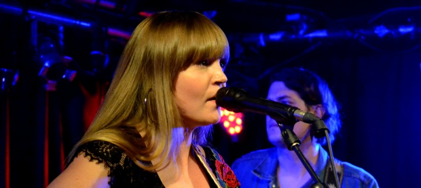 Courtney Live in Whelans