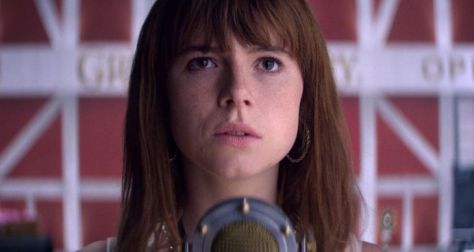https://nomoreworkhorse.files.wordpress.com/2019/04/irish-actress-jessie-buckley-talks-about-her-new-film-wild-rose.jpg?w=474&h=442